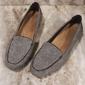 Ckarks Artisan women's size 8.5 slip on loafers
